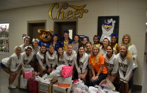 Kindness Matters: Cheerleaders collect items to honor teacher, son