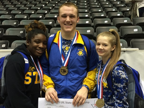 Wrestler makes school history with wins