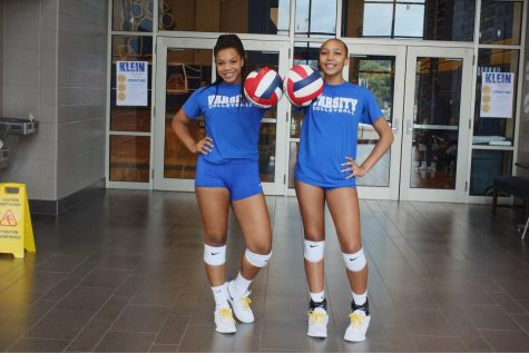 Varsity Volleyball Welcomes Two Freshmen to Squad