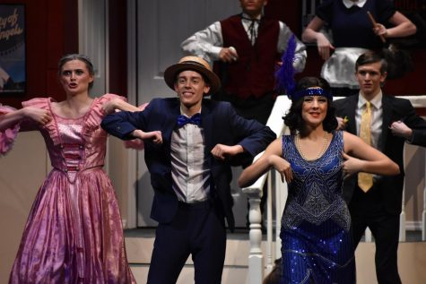 "Anything but Drowsy in ""The Drowsy Chaperone"""